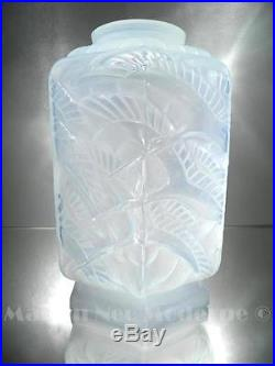 1920-30 P. D'avesn Rare Vase Cigognes Verre Soufflé-moulé Opalescent Art Déco