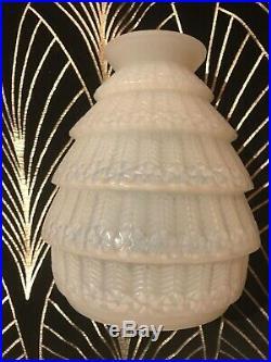 ART DECO Rene Lalique Vase Ferrieres Opalescent Circa 1929