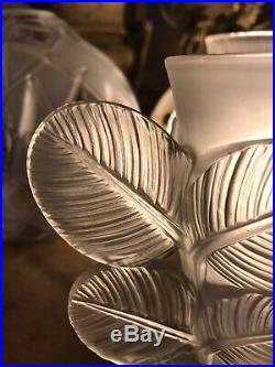 ART DECO VASE PIerre DAvesn CIRCA 1930 Modèle Feuilles Signé
