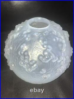 ART DECO Vase Modèle DRUIDE Circa 1924 Opalescent R LALIQUE René lalique