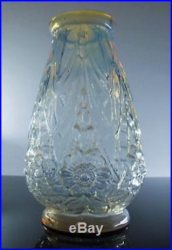 Art Deco Vase Opalescente En Verre Moulé Pressé Etaleune France (etling)signe