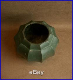 Beau Vase Dinanderie Art Deco En Cuivre Patine Verte Signé Christofle