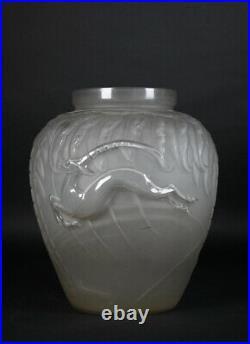 Etling Vase Blanc Mat Africaniste En Verre Moule Presse Art Deco 1930