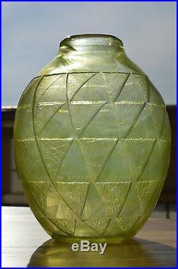 Exceptionnel Vase Degué Art Déco comme Daum Schneider Muller