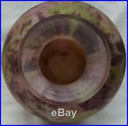 Gros vase boule art déco en pâte de verre multicouches