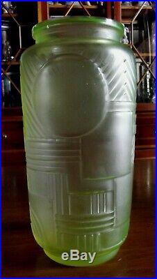 LEGRAS Superbe vase Versailles Art Déco ouraline motif géométrique non emaillé