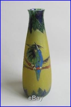 Leune. Vase art déco en verre aspect granité à décor d'oiseaux début XXe siècle