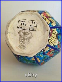 Longwy. Vase boule octogonal époque Art Déco décor floral. Émaux Bleu