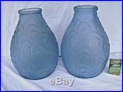 Paire de VASES Anciens en pâte de verre- bleu-art déco motifs géométriques H 31