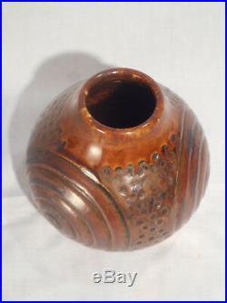 Primavera Vase en terre cuite émaillée Art déco C. 1930