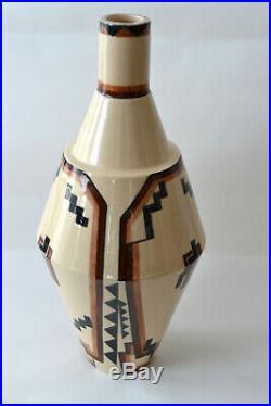 Rare Vase ART DECO du céramiste Robert Lallemant aux formes géométriques