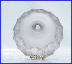 René Lalique Rare Vase TOURNAI en verre soufflé moulé patiné Art Déco 1924