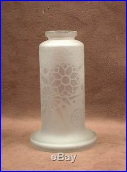 Superbe Vase Art Deco Verre Decor Degage A L'acide Signe Lorrain