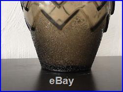 Superbe Vase Daum A Decor Geometrique Art Deco Degagé A Lacide