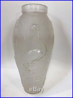 VASE ETLING AUX FLAMANDS ART DECO french glass verre moulé pressé no lalique