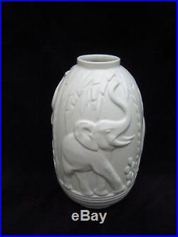 Vase Boch La Louvière Charles Catteau KERAMIS art deco d'éléphants 1928 Belgique