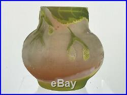 Vase De Gallé Authentique En Verre Multicouche Epoque Art Deco De 9 CM De Haut