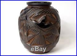 Vase Pierre d'Avesn Art Déco modèle hirondelles verre moulé noir marron XXè