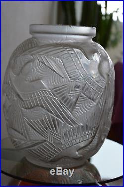 Vase Pierre d'Avesn Art déco style Lalique Daum Sabino Verlys Muller