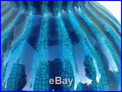 Vase blue crackle craquelé bleu chinese art deco pottery style deck
