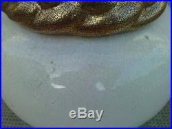 Vase céramique craquelé blanc et or design sainte radegonde art deco