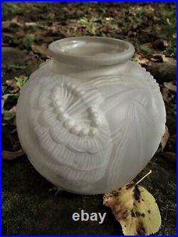 Vase de Pierre d'AVESN Art Déco 1930 à décor Floral