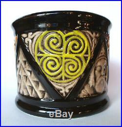 Vase de St Corentin Armorique Rustique Art Déco Quilivic HB Quimper 1922