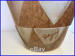 Vase géant de 44 cm en pâte de verre Art Déco gravé à l'acide Degué Schneider