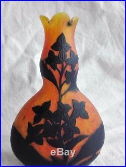 Vase pâte de verre dégagé à l'acide signé Richard/Etling /LOETZ WITWE Art Déco